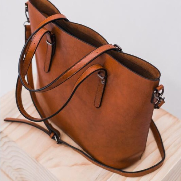 41960f3560e9 Ivy and Envy Handbags -  Final Price!  NWT Vegan Leather Cognac Zip Tote